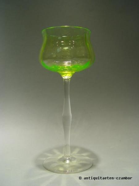 Wine glass, goblet uranium glass, probably Rheinische Glashütten AG Köln-Ehrenfeld, Art Nouveau