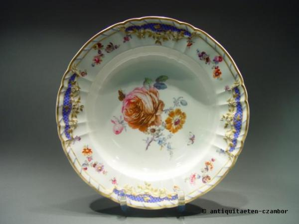 Plate KPM Berlin about 1900 from the service of the City palace Breslau