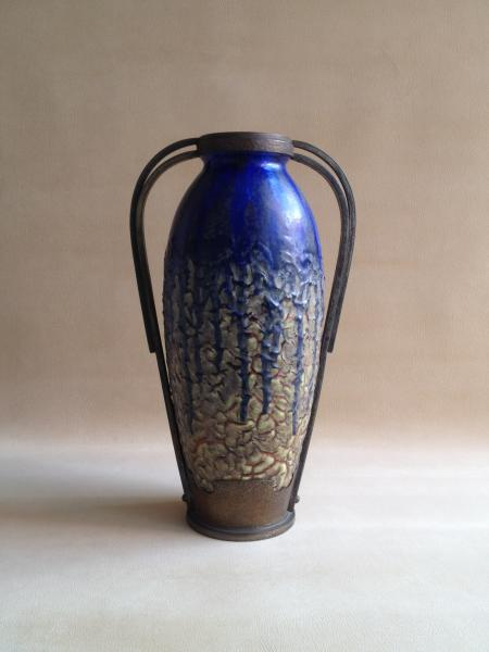Art Deco vase by Andre Villien, French sculptor and designer active in Paris in the first quarter of the 20th Century