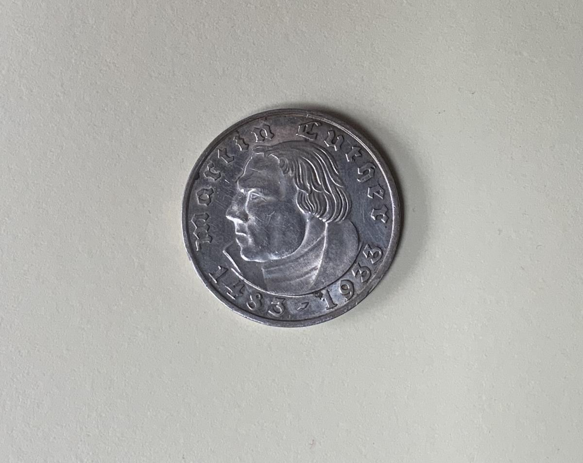 2 Mark 1933 F Martin Luther, Jaeger 352